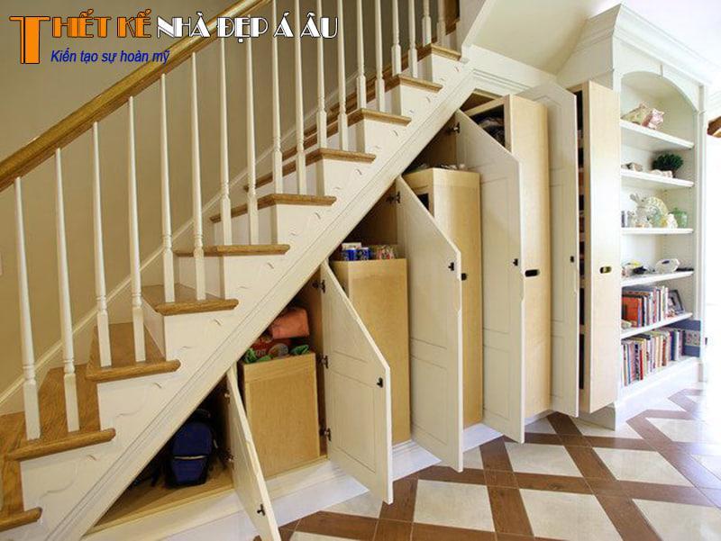 cách trang trí nội thất dưới cầu thang nhà phố