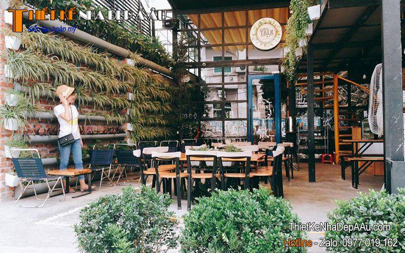cafe sân vườn mini
