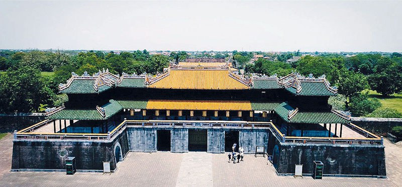 Cung điện thời nhà Nguyễn