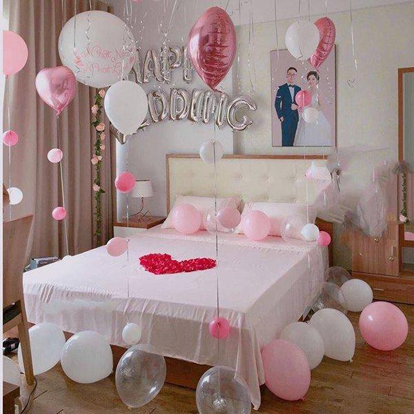 Phòng ngủ nhiều bóng bay