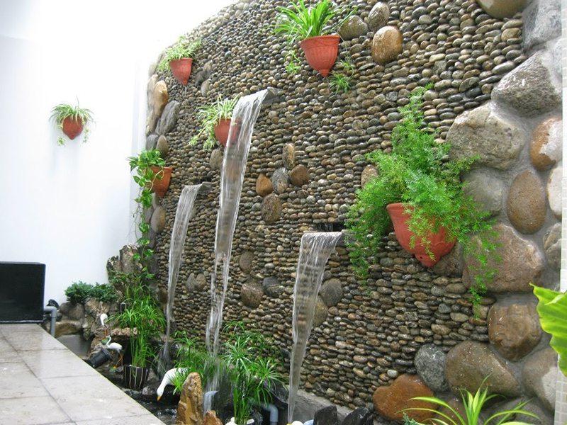 hệ thống thác nước treo tường hiện đại