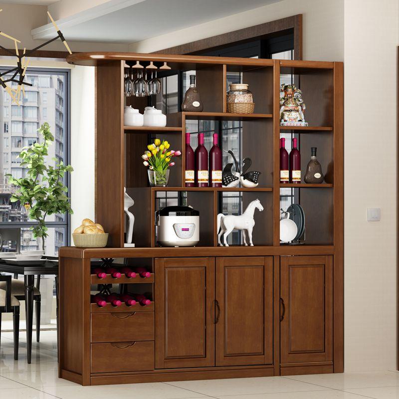 lam trang trí phòng khách bằng tủ gỗ