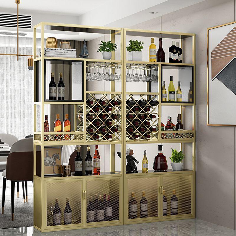 vách ngăn đẹp đặt giữa phòng khách và phòng ăn