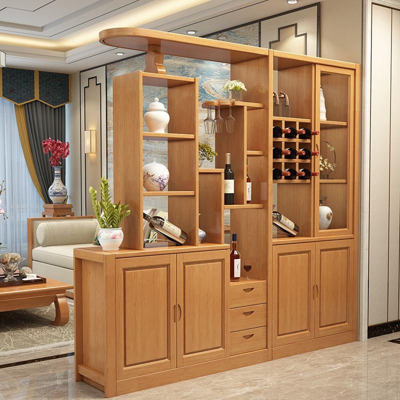 tủ gỗ có tác dụng như lam gỗ trang trí